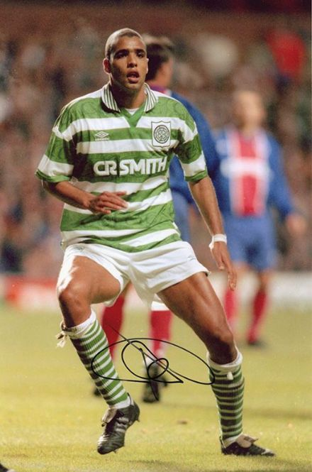 Pierre van Hooijdonk, Glasgow Celtic & Holland, signed 12x8 inch photo.